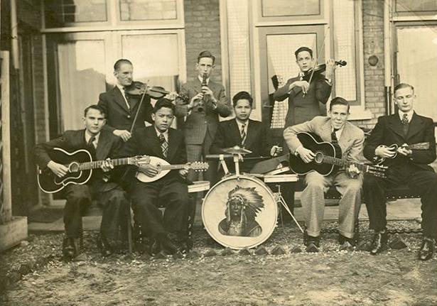 De Mangarewa's, muzieoptredenvan de band in de jaren '40.